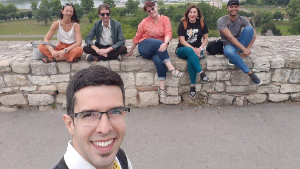 Vodič Željko Petrović sa turistima