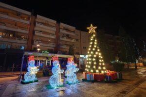Petrovac Novogodišnja dekoracija centar