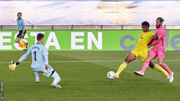 Cadiz score the winner against Real Madrid